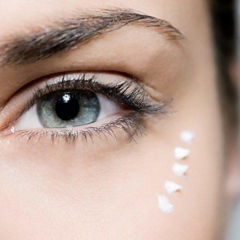 Hva skal du lete etter i øyenkremer? De 7 mest verdifulle ingrediensene