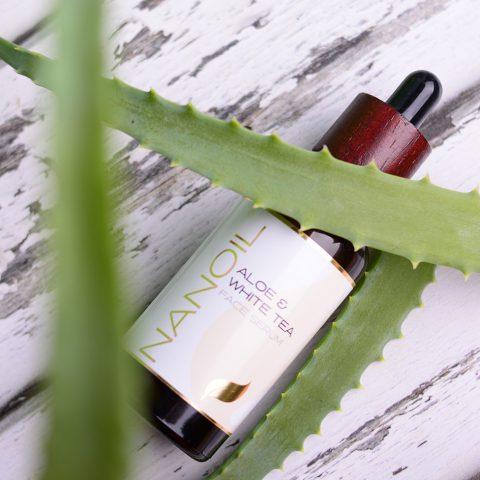 Bestselgende Nanoil Aloe & White Tea Face Serum: Anmeldelse & Resultater